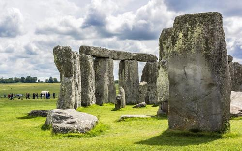 uk-best-places-stonehenge-salisbury